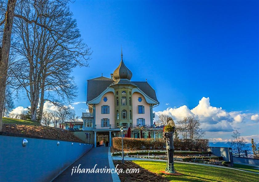Cafetaria at Gurten Bern Swiss. Pic by Dani Rosyadi