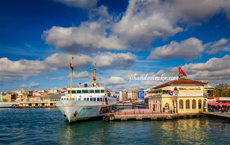 Istanbul Asian Side. The port, Kadikoy, pic by Dani Rosyadi