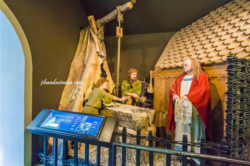 Museum of Clonmacnoise, Ireland, pic Dani Rosyadi