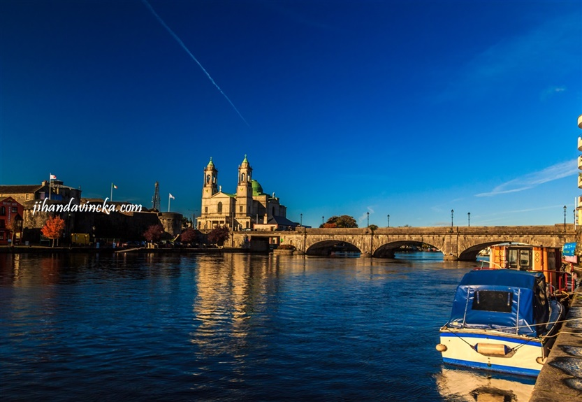 Athlone Ireland, The Bridge and Shannon River, pic : Dani Rosyadi