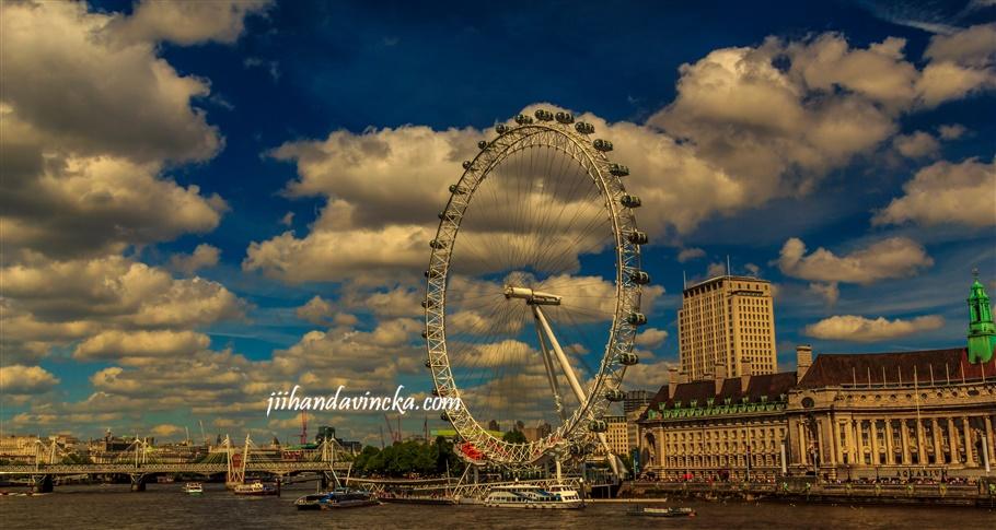 Jalan-jalan ke London Eye foto Dani Rosyadi