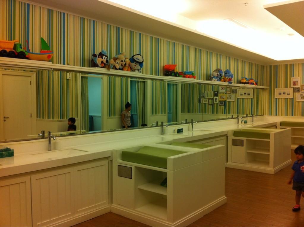Nursery Room di Kota Kasablanka, gambar : theurbanmama.com