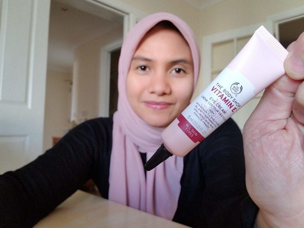 The Body Shop Vitamin E Eye Cream Review Indonesia